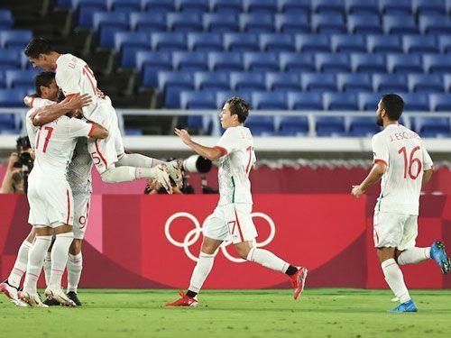 فرم پیش بینی بازی فوتبال ژاپن در مقابل اسپانیا با بونوس 100%