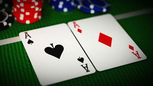 نحوه بازی پوکر یک بازی کارتی بحث برانگیز